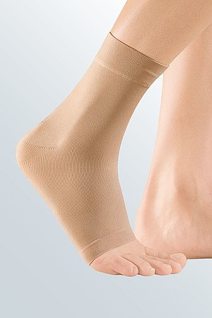 bandage ankle compression